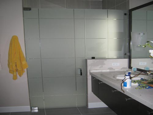 Paradise Glass and Mirror offers Frosted Glass and Mirrors in Naples, FL