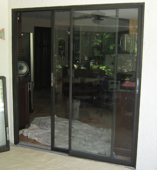 Paradise Glass and Mirror offers Window Replacement in Naples, FL