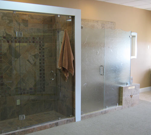 Paradise Glass and Mirror offers Showers in Naples, FL